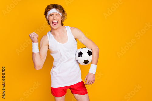 Fotografiet Portrait of his he nice attractive cheerful cheery excited glad positive foxy gi