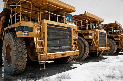 Fototapeta camiones de obra de carga grandes obraz