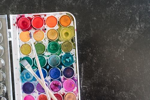 Fotografía colorful palette of watercolor paint