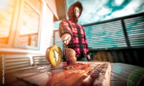 Fotografia, Obraz freeze moment of cutting kiwi fruit