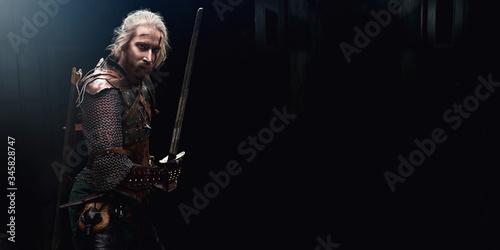 Foto medieval warrior with sword