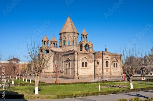 Photo Armenia - Vagharshapat (Etchmiadzin) - Etchmiadzin Cathedral (Ejmiatsni Mayr tac