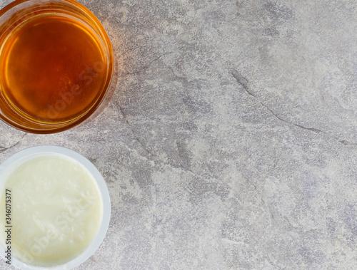 yogurt  face mask DIY for skin care , for ingredient , one cup of yogurt, three tablespoon of honey ,mix them together Tapéta, Fotótapéta