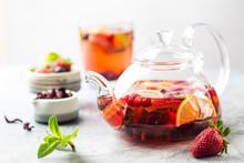 Fruit Red Tea With Berries In ...