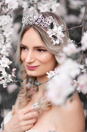 Fototapety, obrazy: Fantasy photography - beautiful white princess with blooming tree