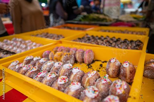 Photo KUALA LUMPUR, MALAYSIA- A local Iftar food market on the outskirts of Kuala Lumpur