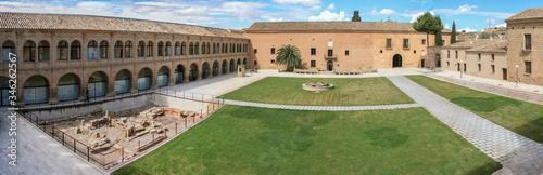 Photo El monasterio de Rueda en la provincia de Zaragoza perteneció a una antigua orden cisterciense y en la actualidad se ha convertido en una preciosa hospedería donde descansar y conocer su historia