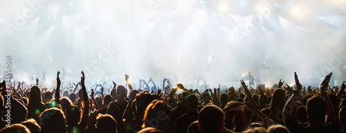 Obraz banner of cheering crowd and stage lights with space for your text - fototapety do salonu