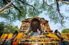 Ancient Pagoda In Chet Yod Tem...