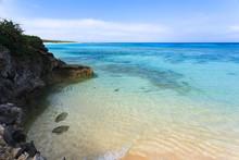 日本最南端、沖縄県波照間島・3月の海