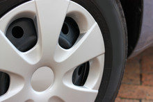 Budget Car Plastic Wheel Hub C...