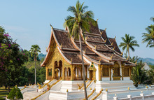 An Iconic Buddhist Temple In T...