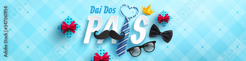 Fotografering Happy Father's Day card in portuguese words with necktie and glasses for dad on blue