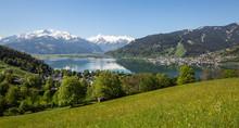 Blick über Den See In Die Ver...