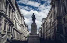 Robert Clive Sculpture In London