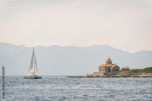 Valokuvatapetti Sailing on adriatic sea Korcula Makarska Korcula Croatia
