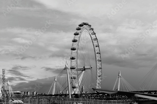 Fototapeta London Eye By Bridge Against Sky
