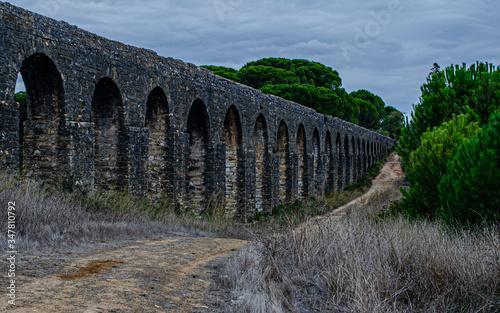 Tableau sur Toile Aqueduct  Tomar Portugal