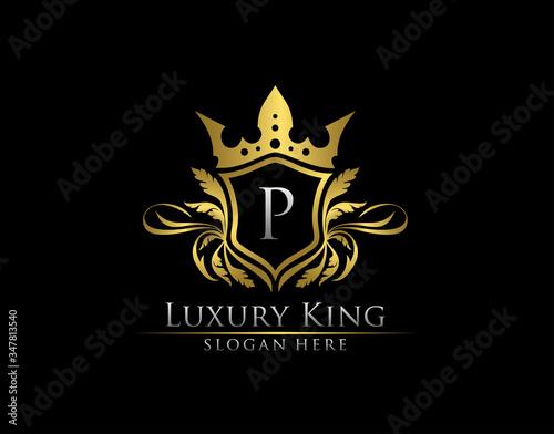 Luxury Royal King P Letter, Heraldic Gold Logo template. Fototapet