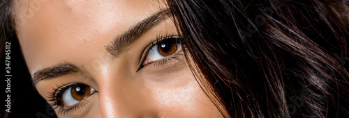 Fotomural close-up photo of woman eye with eyeliner makeup   on white background