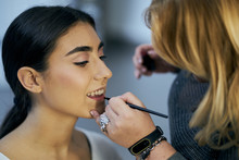 Close-up Of A Make-up Artist T...