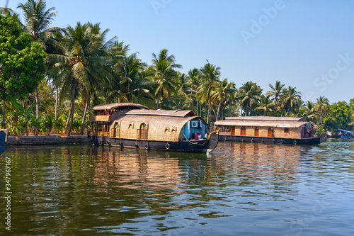 Photo Houseboat on Kerala backwaters in Alleppey, India..