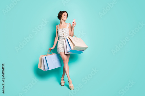 Foto Full length body size view of her she nice attractive pretty cheerful cheery gir