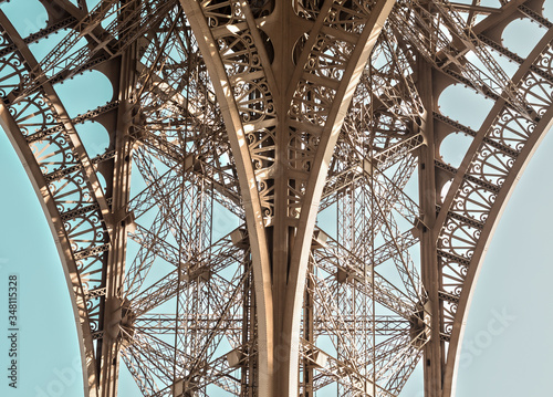 Obraz na plátně Low Angle View Of Metallic Structure Of Eiffel Tower Against Sky