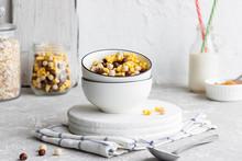Assorted Breakfast Cereals: Ch...