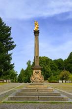 Marian Column, Gold Statue Of ...