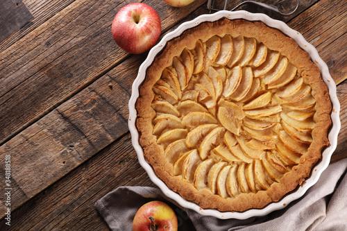 homemade apple pie on wood background Canvas-taulu