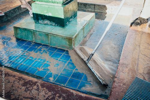 Fototapety, obrazy: washing foot