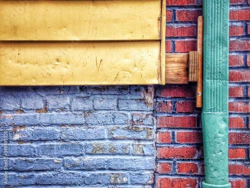Fényképezés Brick Wall And Drainpipe