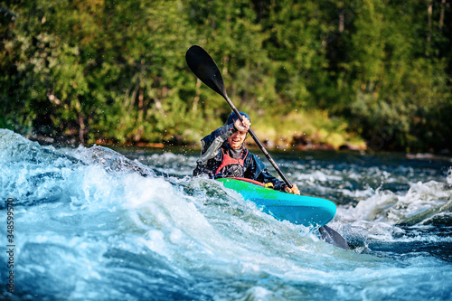 Valokuva Extreme sport rafting whitewater kayaking