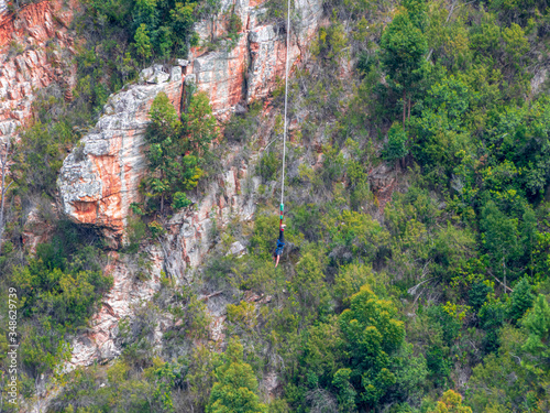 Fototapeta Bungy jumping Sports in South Africa in Canyon