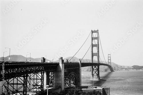 фотография Golden Gate Bridge Over River Against Clear Sky