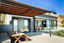 Sunny, Modern Home Showcase Pa...