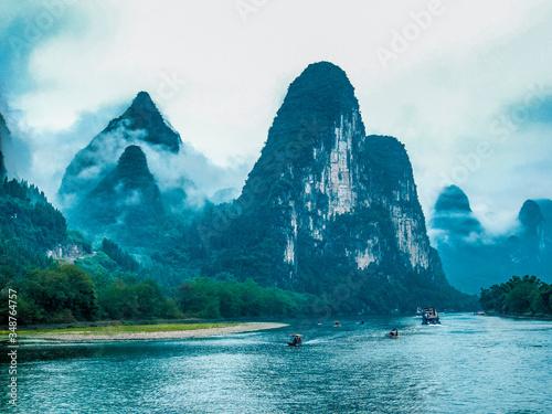Scenic View Of Lake Against Sky Fototapet