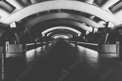 Slika na platnu Archway In Tunnel