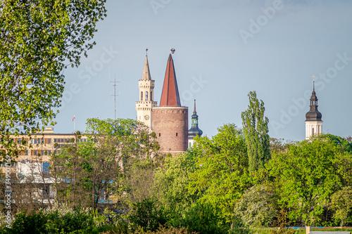 Fototapeta widok Opola z wieżami starego miasta obraz