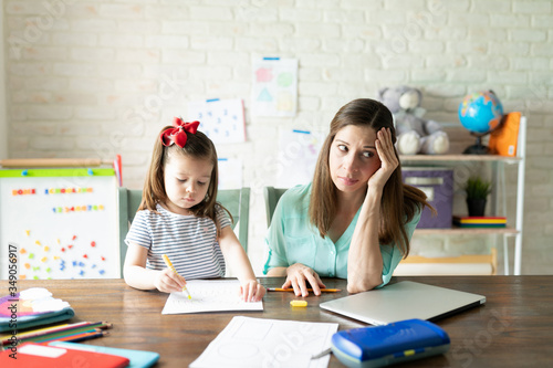 Valokuva Mother stressed about homeschooling