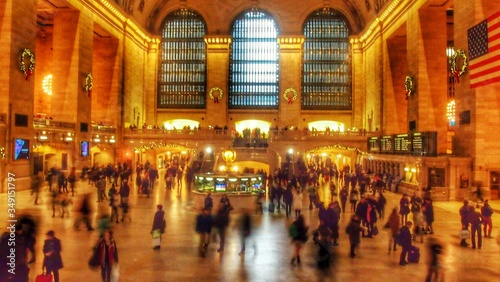 Crowd At Illuminated Grand Central Station Fototapet