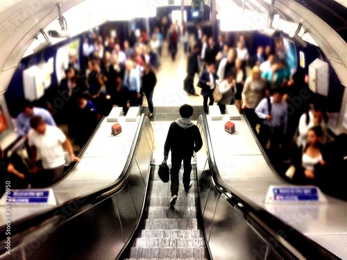 Photographie High Angle View Of People At London Underground
