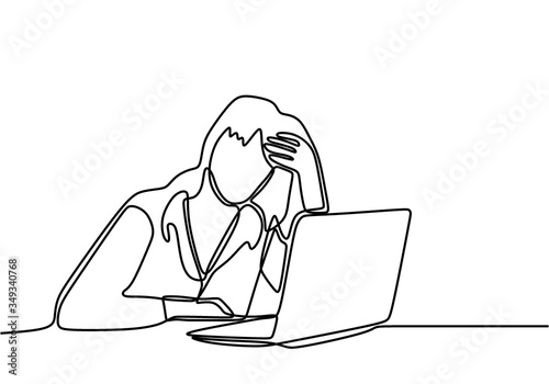 Photo Continuous line drawing of woman with laptop feels frustrated expressing distress and annoyance of display on her notebook