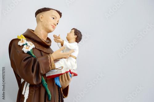 Photo saint Anthony of lisbon and baby Jesus catholic image