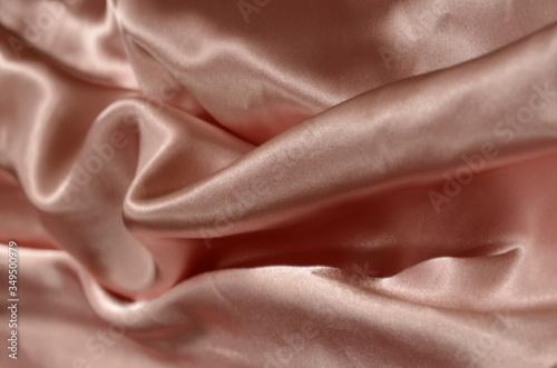 Photo Full Frame Shot Of Peach Sheet On Bed