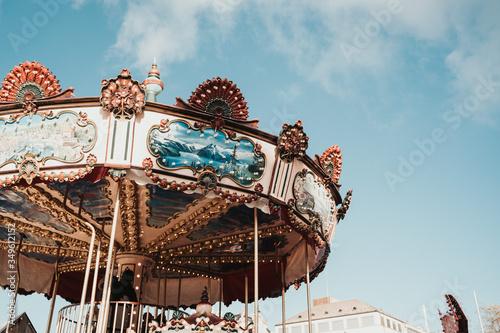 Valokuvatapetti Merry-go-round