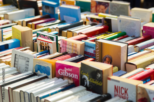 Obraz na plátně Full Frame Shot Of Books For Sale