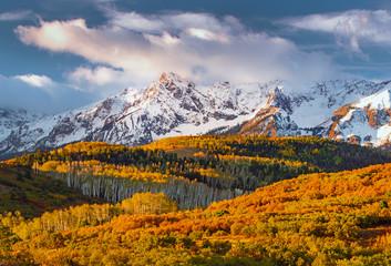 Obraz na Szkle Góry Fall sunrise in the San Juan Mountains near Telluride, Colorado, USA.
