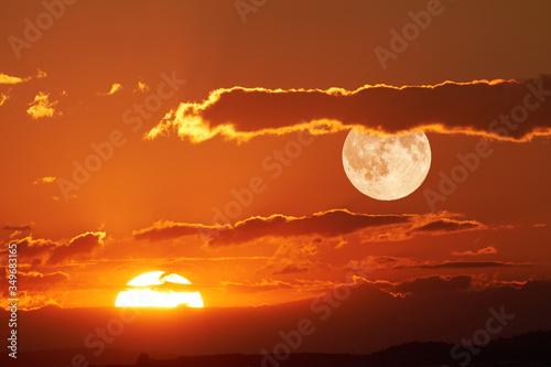 Fototapeta Scenic View Of Full Moon During Sunset